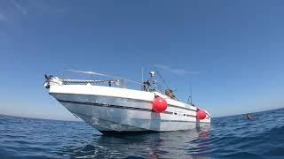 Koupačka při rybaření na moři